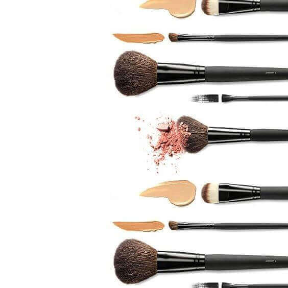 The Definitive Guide to Makeup Brushes